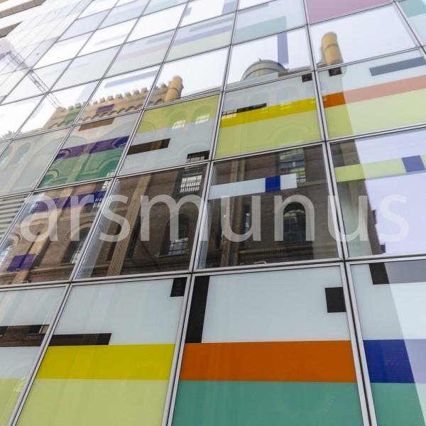 Alt spiegelt sich in Neu - Medienhafen Düsseldorf